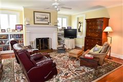 Luxury homes cape Escape on the Eastern Shore