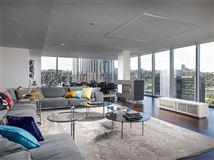 Mansions in remarkable full-floor condominium