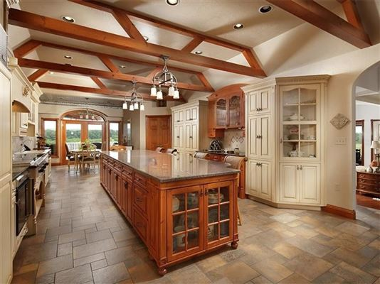 Luxury homes this custom home has 360 degree views and privacy atop a mountain