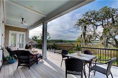 Luxury homes beautiful island home