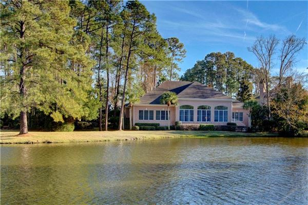 Mansions 106 Augusta - on the lagoon with golf course views