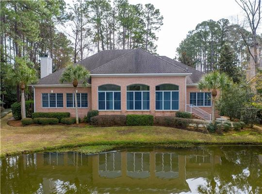 Mansions in 106 Augusta - on the lagoon with golf course views