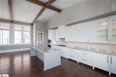 Luxury real estate Spectacular penthouse condo