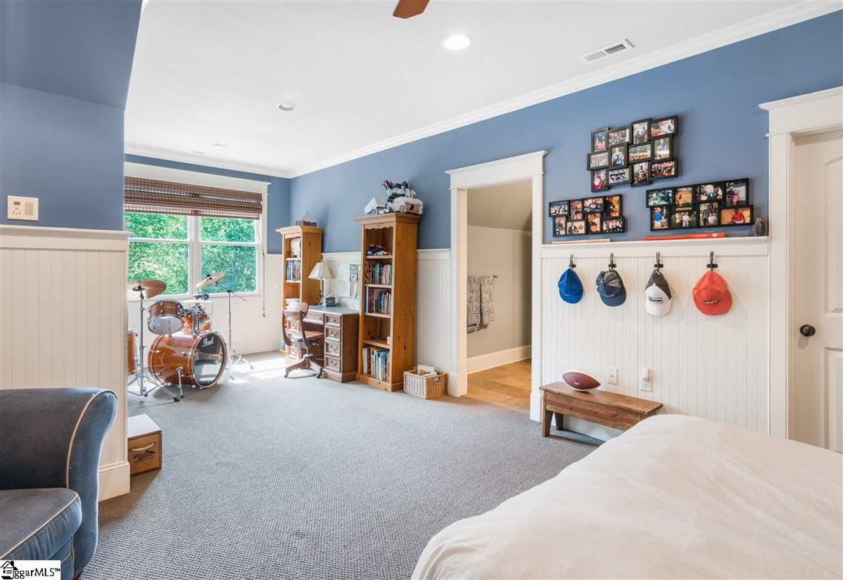 Luxury homes custom home that meets every need
