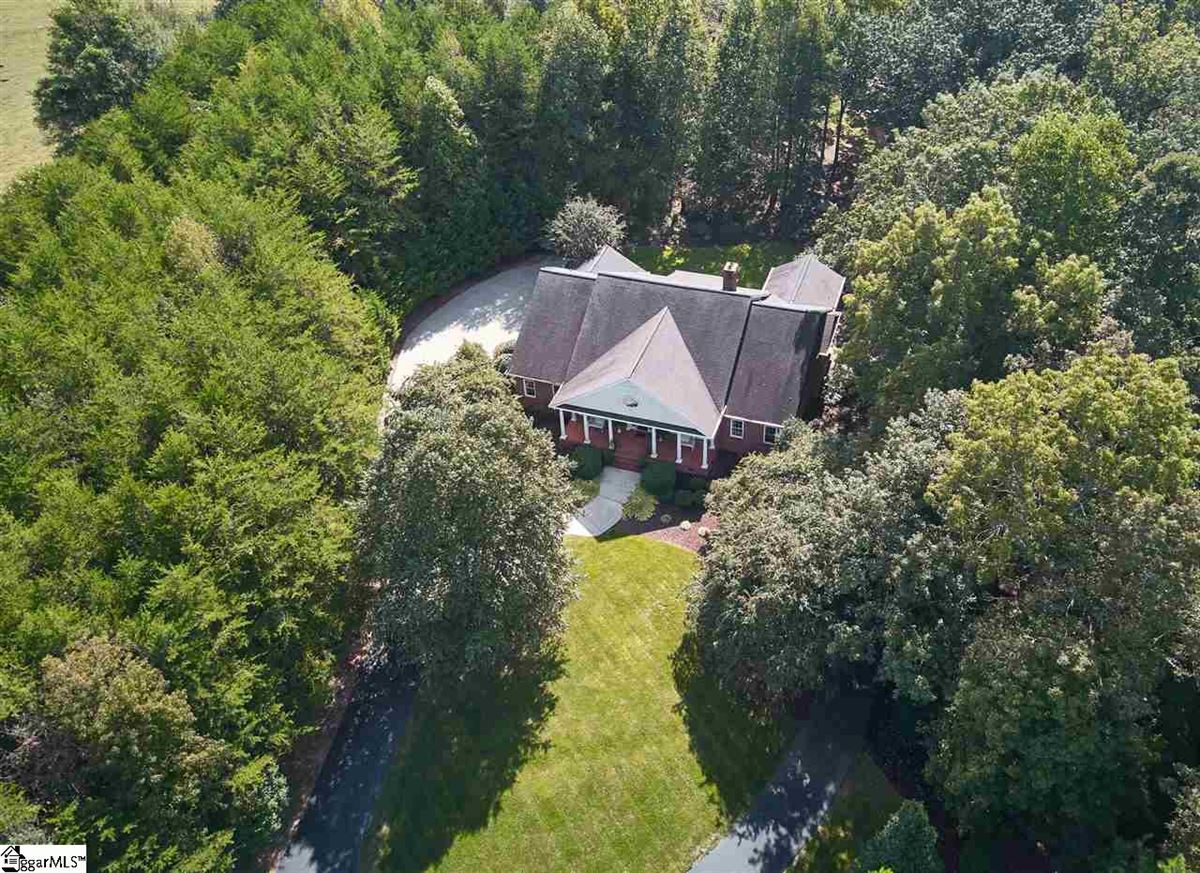 gorgeous estate in sought after North Greenville luxury homes