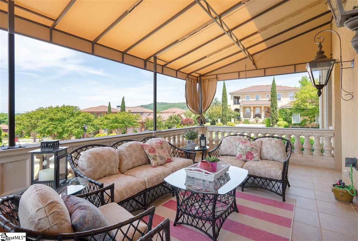 Luxury properties Italy in the heart of Greenville