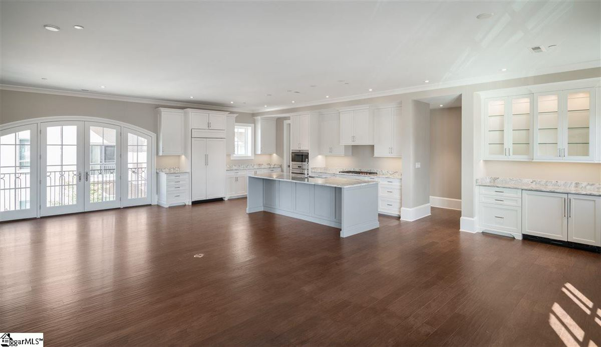 Gorgeous downtown luxury condo  mansions