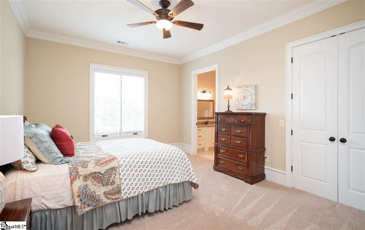 Exclusive Custom Home luxury properties