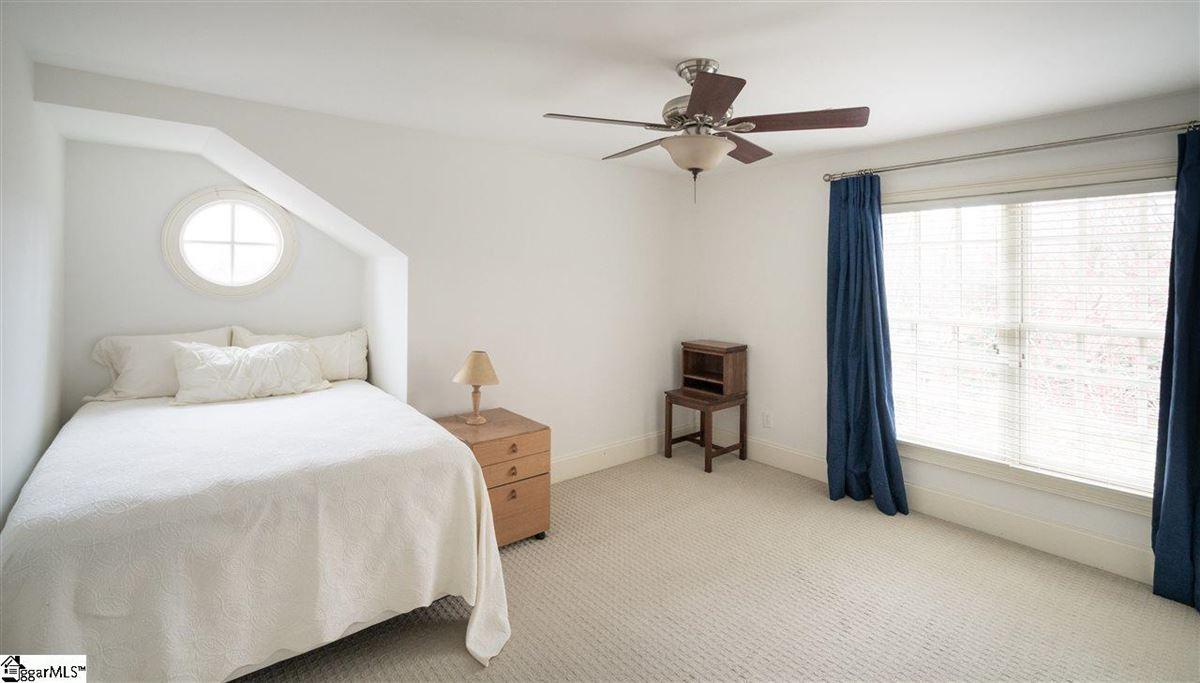 226 Riverside Drive luxury homes