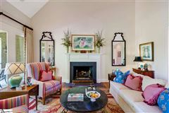 Luxury homes in well-maintained five bedroom home