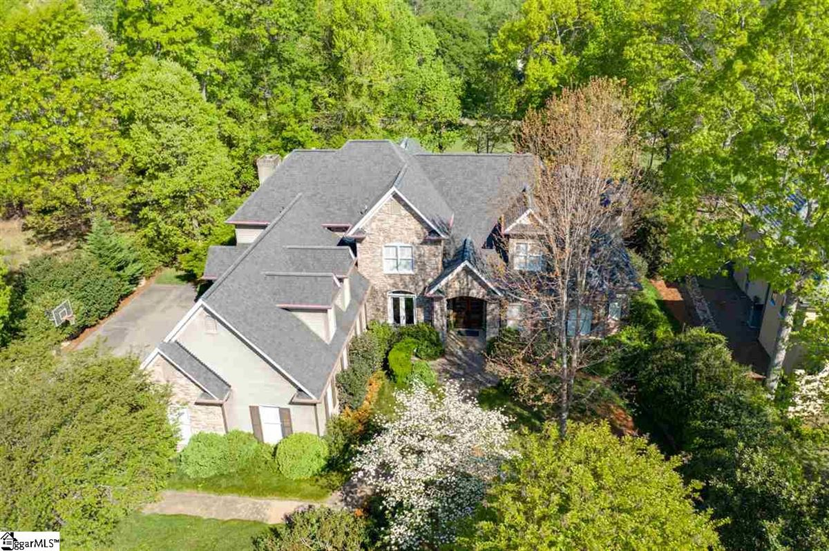 Luxury real estate well-maintained five bedroom home