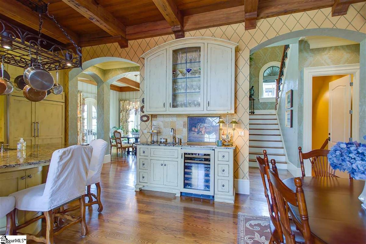Luxury homes in Italy in the heart of Greenville
