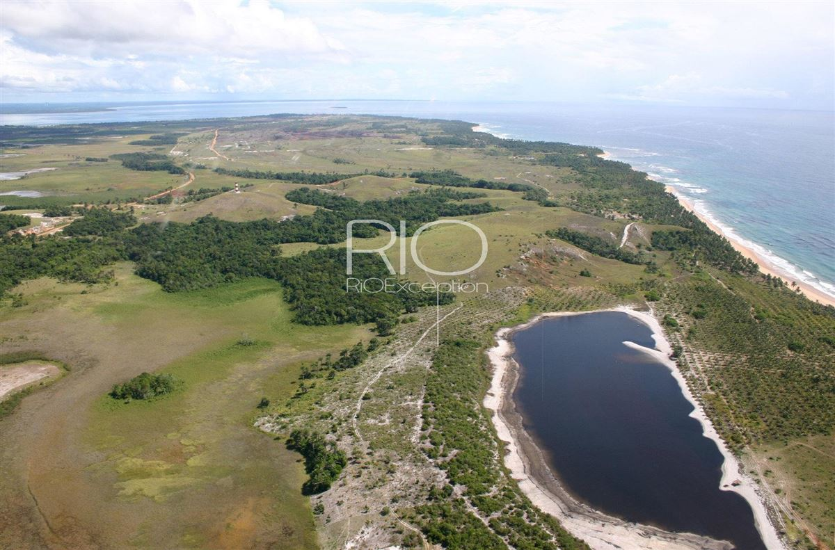 Luxury homes rare building site in idyllic setting