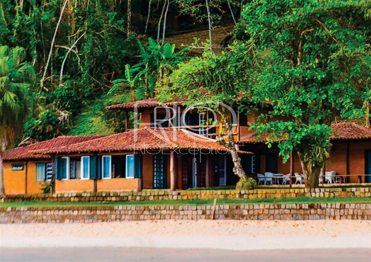 PRIVATE ISLAND UBATUBA BAY luxury homes