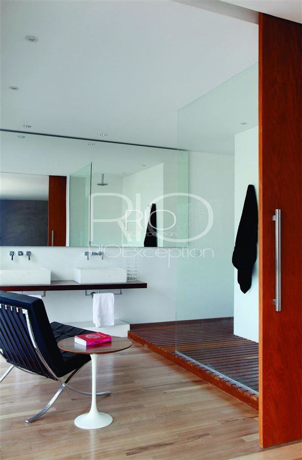 Mansions in  LUXURIOUS ARQUITECH PENTHOUSE IN IPANEMA