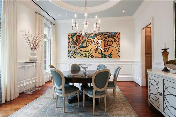 Luxury homes Beautiful luxury townhome