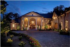 spectacular and spacious custom home mansions