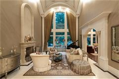 spectacular and spacious custom home luxury homes