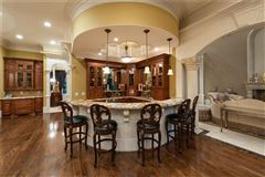 spectacular and spacious custom home luxury real estate