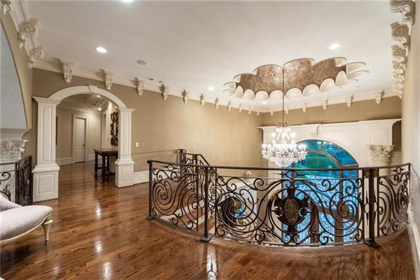 Mansions spectacular and spacious custom home