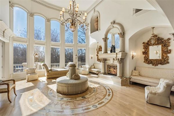 Mansions grand estate on two gated acres