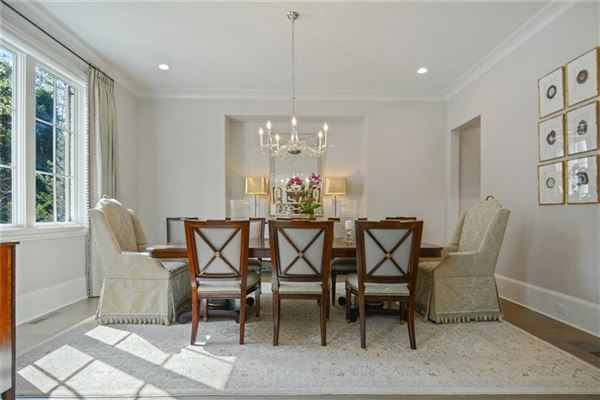 Exquisite newer construction in kingswood luxury homes