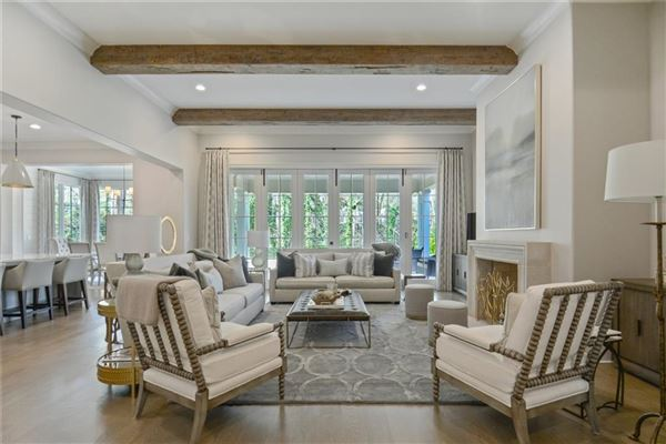 Luxury real estate Exquisite newer construction in kingswood