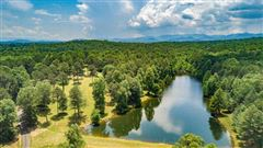 Luxury homes in 200-acre mountain estate