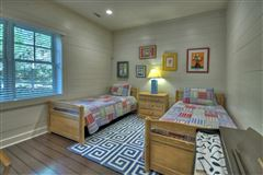 refined living on Lake Blue Ridge luxury homes