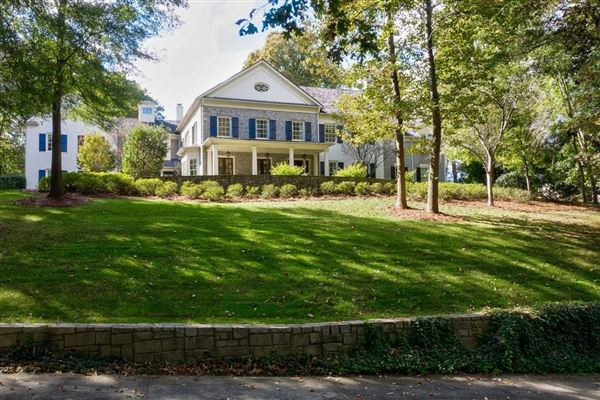 grand traditional home on two acres mansions