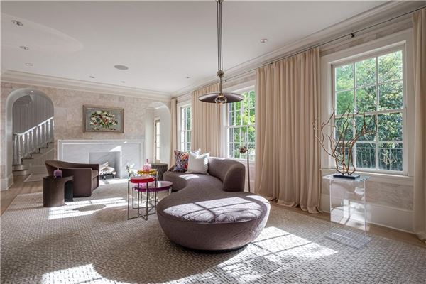 Mansions Thoughtfully renovated 1920s home