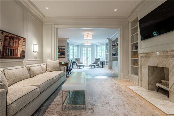Luxury homes Thoughtfully renovated 1920s home