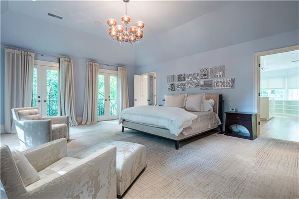 Mansions in Thoughtfully renovated 1920s home