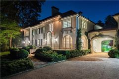 Luxury properties Thoughtfully renovated 1920s home