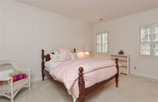 Luxury real estate sought after Chatsworth Neighborhood