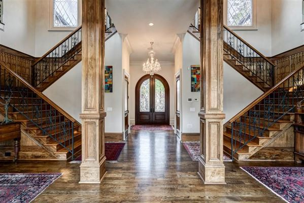 grand Sandy Springs gated estate luxury homes