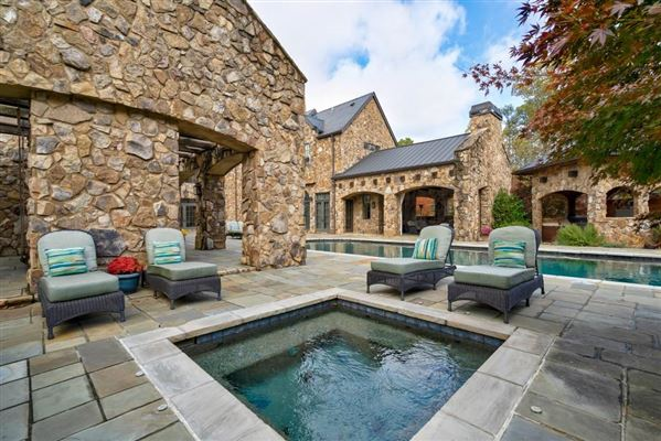 Luxury real estate grand Sandy Springs gated estate