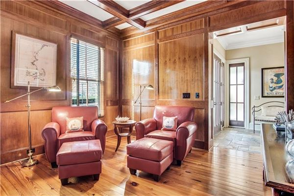 Mansions in exquisite estate in highly desirable location