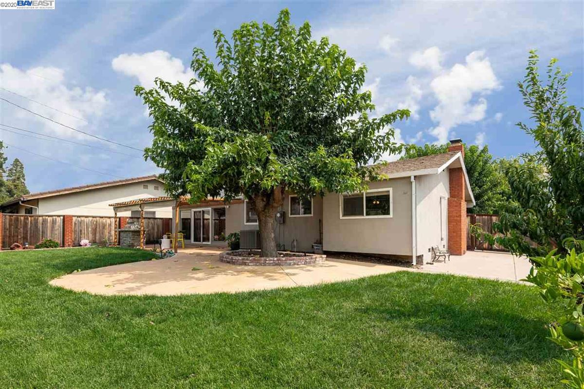 Luxury homes this Extensively remodeled stylish and classy home is on a corner lot