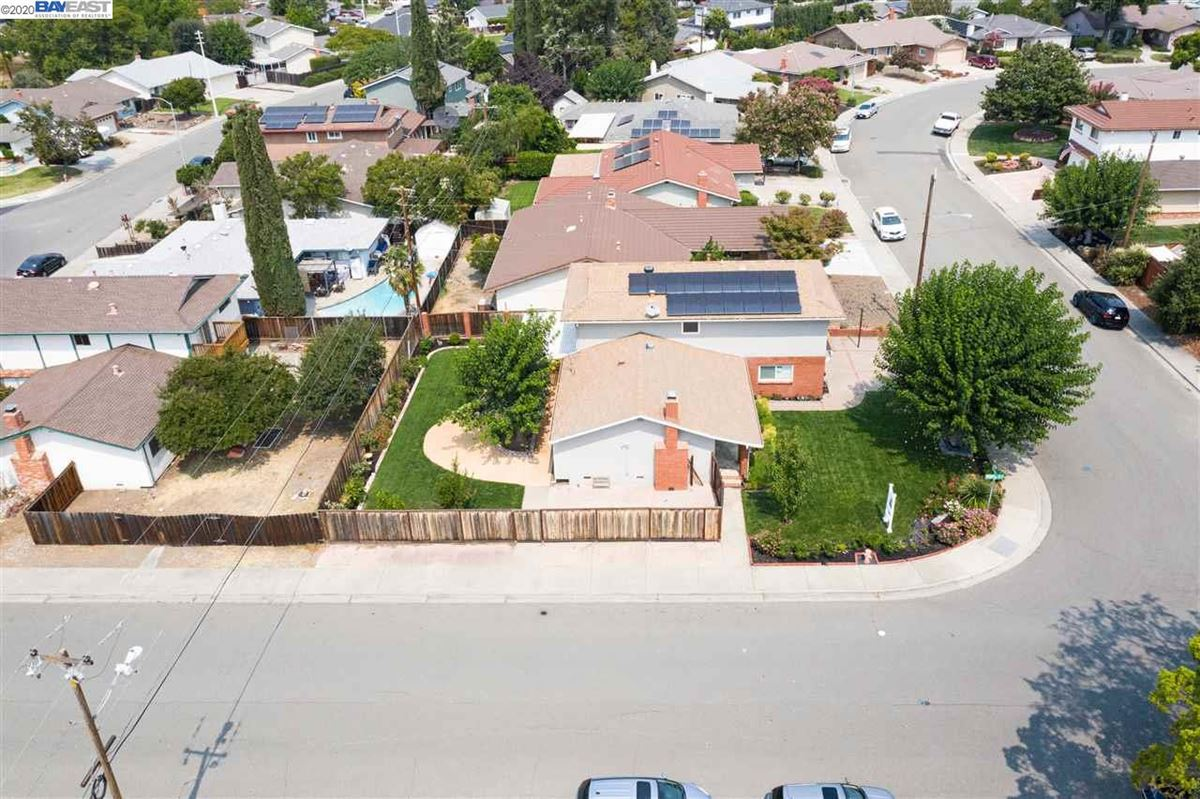 Luxury real estate this Extensively remodeled stylish and classy home is on a corner lot