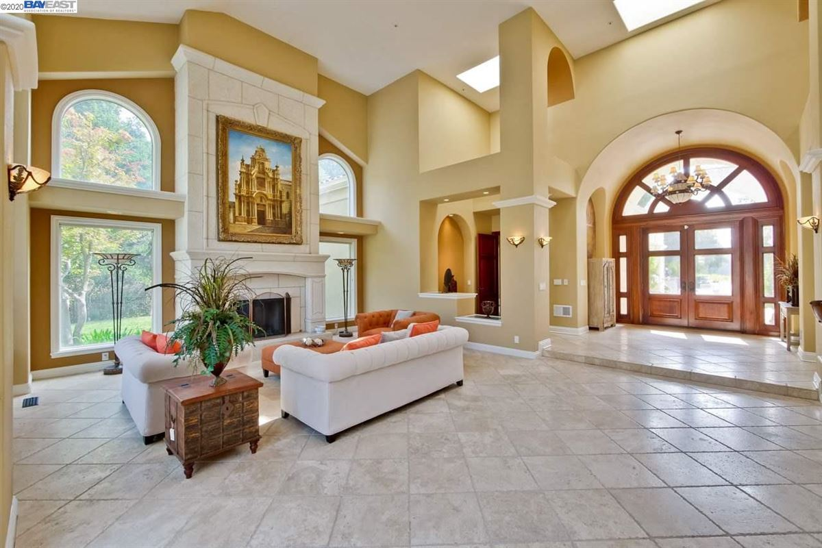 the essence of luxury luxury homes