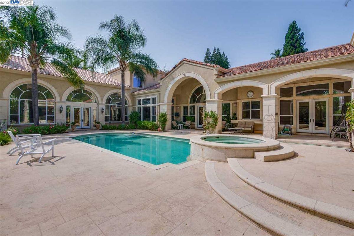 the essence of luxury luxury properties