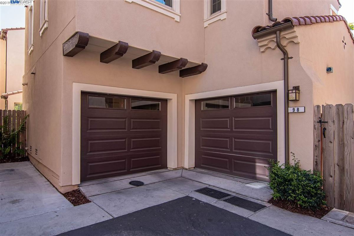 Luxury real estate stunning home in milpitas