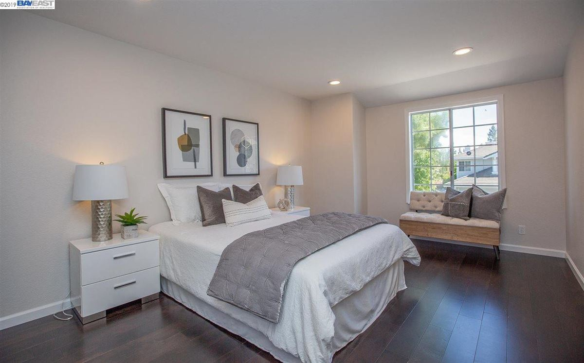 Luxury properties Move-in-ready and wonderfully quiet