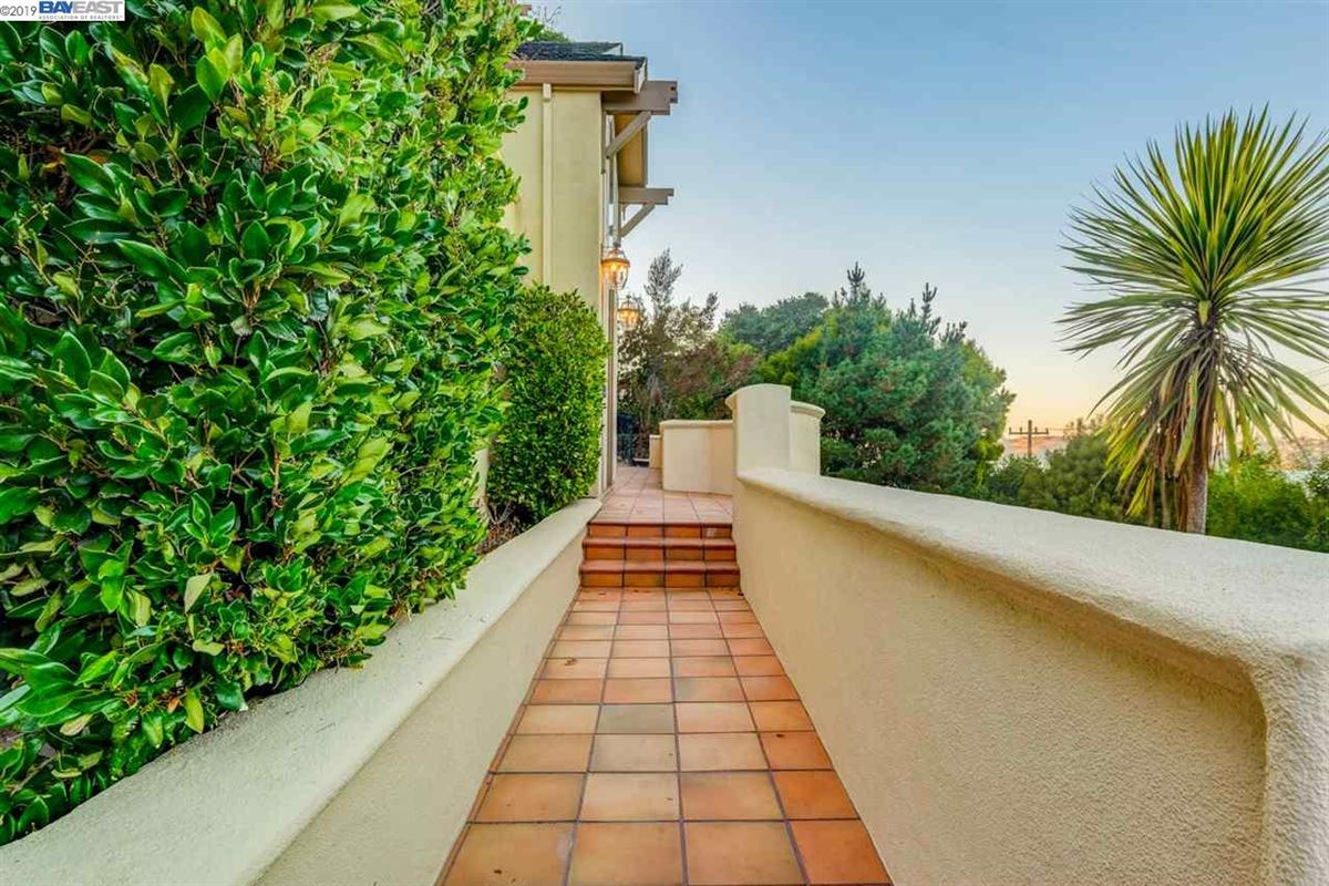 Luxury real estate stunning muilti-level property
