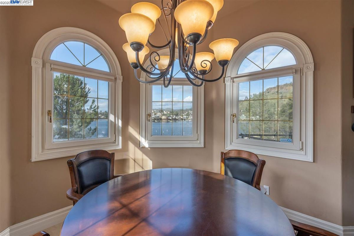 Mansions in this majestic beauty sits lakefront with views of the water from most rooms
