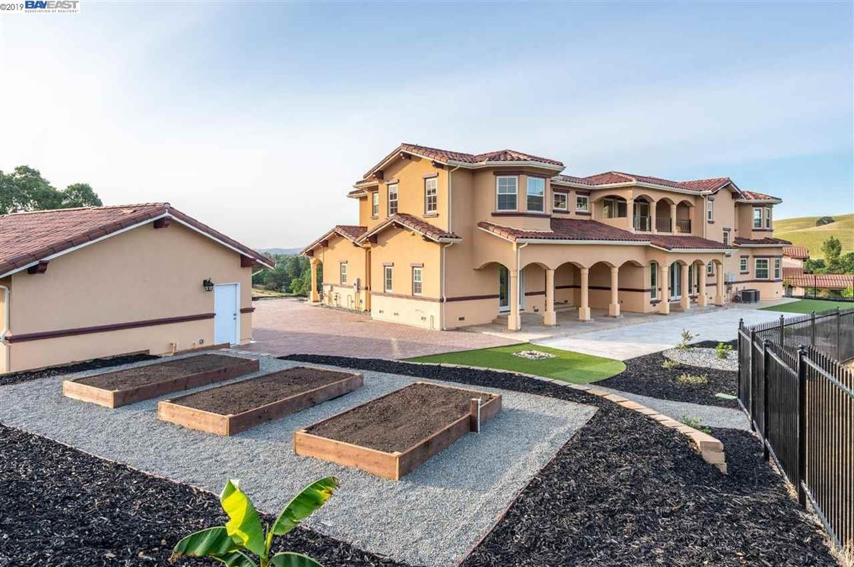 spectacular custom home on Callippe Preserve Golf Course luxury properties
