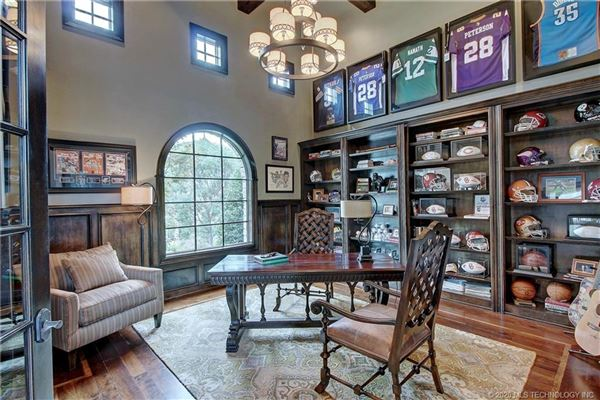 Spectacular estate in gated Belmont luxury homes