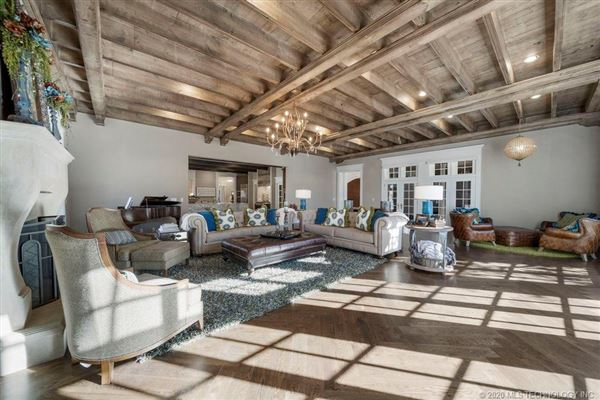 Luxury homes in completely customized Estate of your dreams