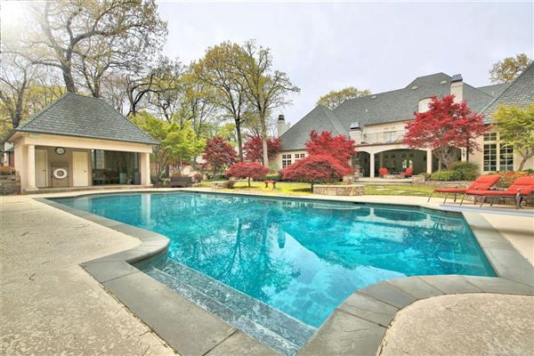 Luxury real estate completely customized Estate of your dreams